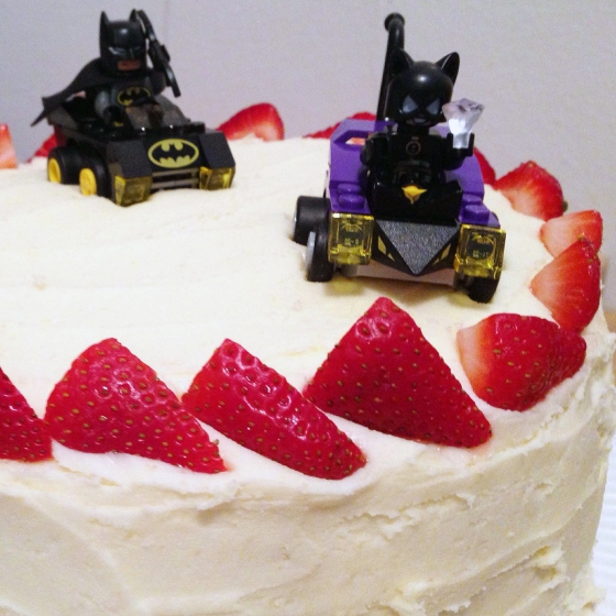 Batman & Buttermilk Vanilla Cake // Run. Crave. Conquer. blog